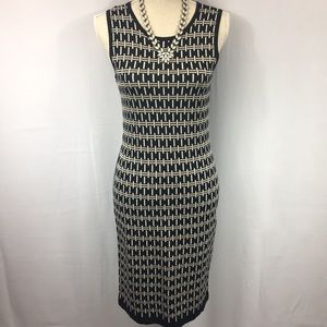 Gorgeous Vince Camuto formfitting dress.